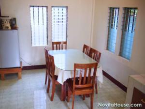 Novita house dining area